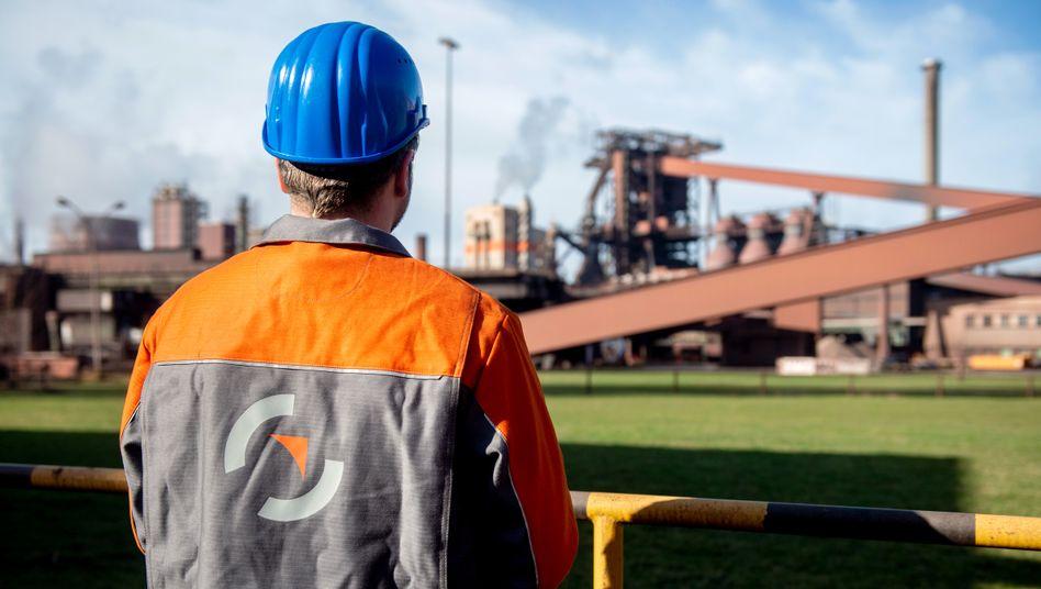 Mitarbeiter der Salzgitter AG: Verschiebung der Kurzarbeit hin zur Industrie
