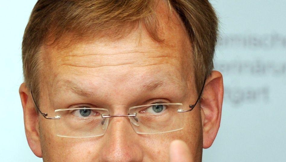 Stuttgarter Regierungspräsident Schmalzl: Harsche E-Mail an den Kritiker