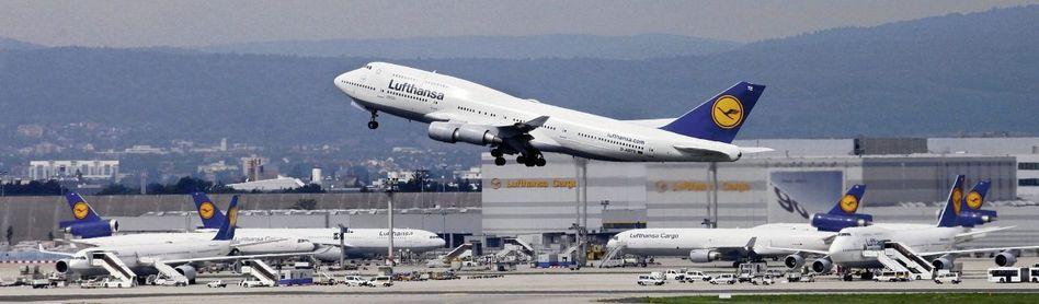 Startender Passagierjet in Frankfurt am Main: »Schwere handwerkliche Fehler«