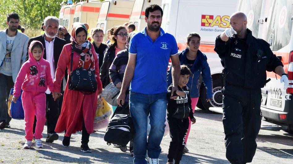 """Flüchtlinge in Brandenburg: """"Gemeinsame Lösung"""""""