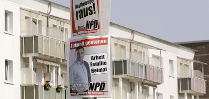 NPD-Werbung in Ueckermünde im Osten Mecklenburg-Vorpommerns: Hoffnung auf mehr Wachsamkeit