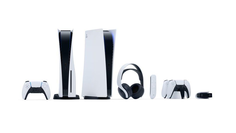 Die beiden Varianten der Playstation 5 samt Zubehör