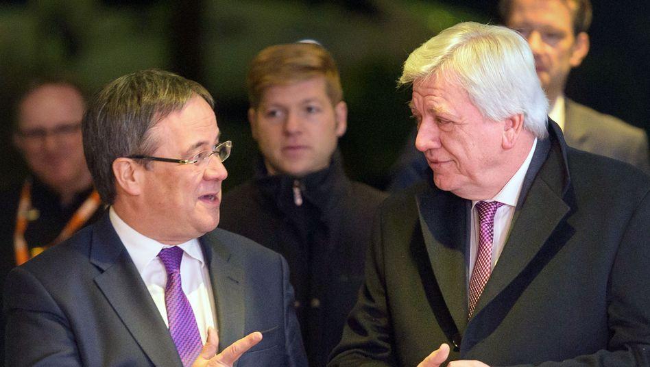 Armin Laschet (l.) und Volker Bouffier bei einem Treffen im Jahr 2017
