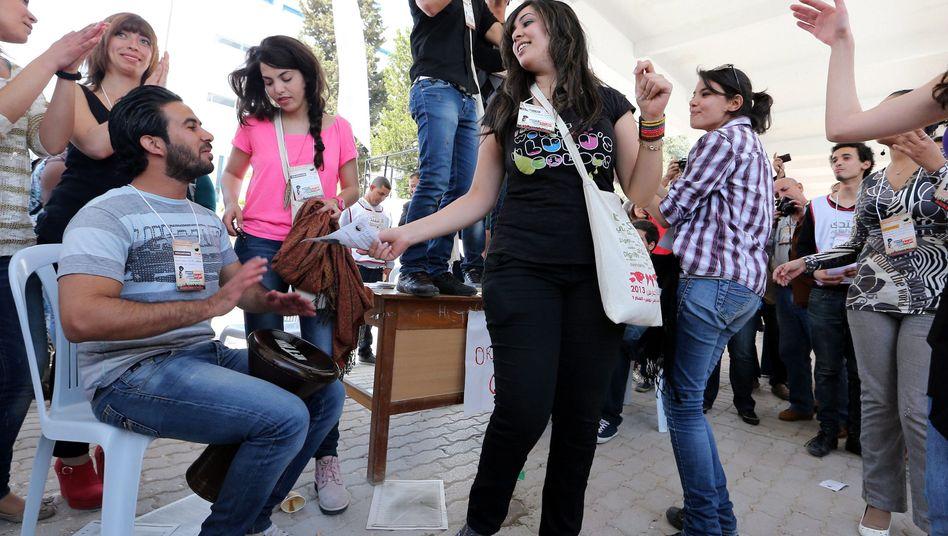 """Tanzende WSF-Teilnehmer: """"Enormer Effekt für die Bildung einer Zivilgesellschaft"""""""