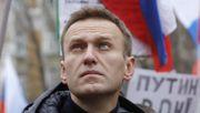 Polizei nimmt zwei Nawalny-Vertraute fest