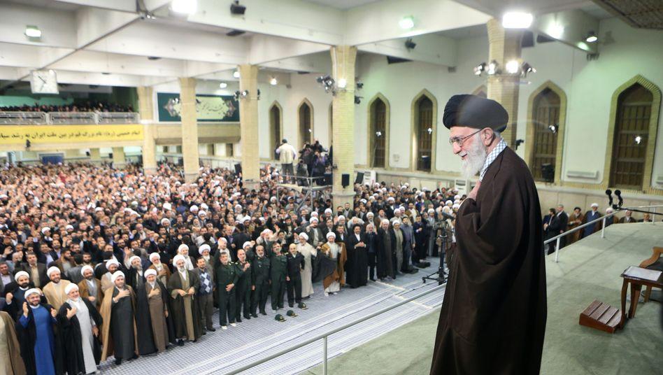 Ali Khamenei im Januar in Ghom: Alle Iraner zur Wahl aufgefordert