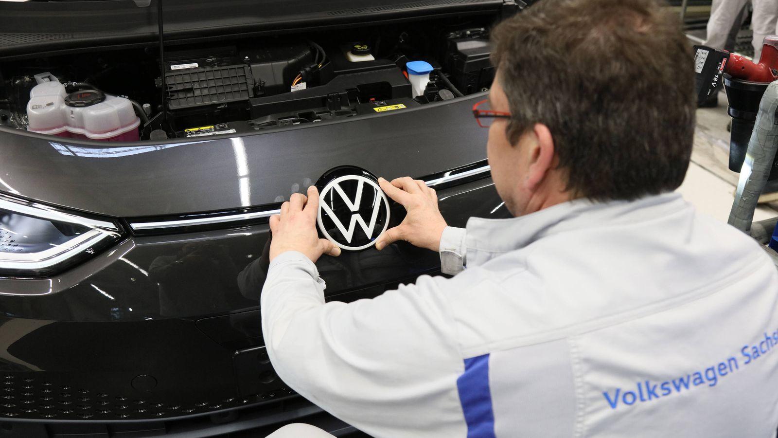 Zwickau Volkswagen Sachsen Produktion VW ID3 PKW Eletroauto Elektromobilitaet Umbau 25.02.2020 lz Volkswagen Sachsen We