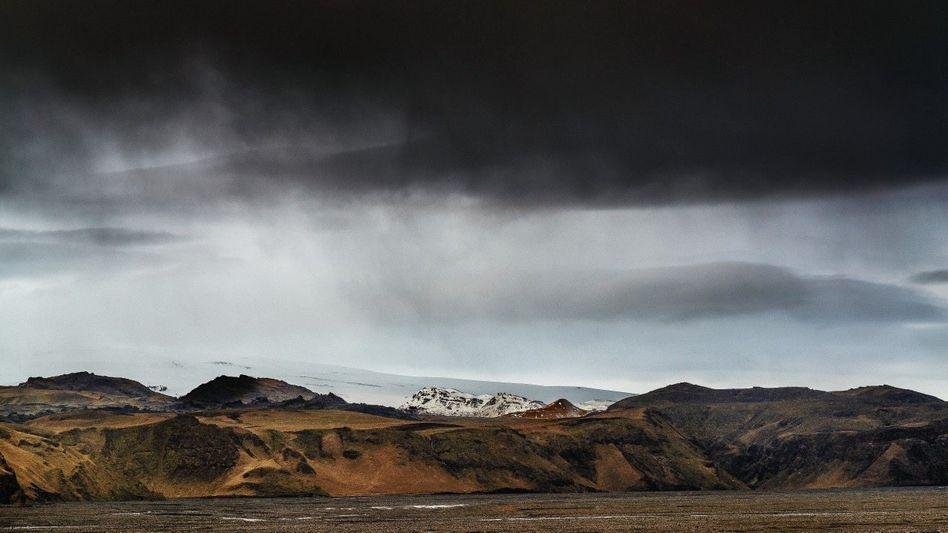 Rau, wild, karg: In seiner Serie »Eisland« porträtiert der Fotograf Martin Zitzlaff die Landschaft Islands, Gudridurs Heimat