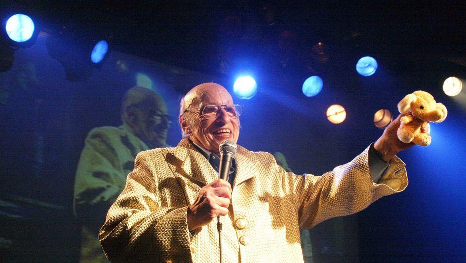 Jean-Jacques Perrey im Februar 2006 beim Berliner CTM-Festival