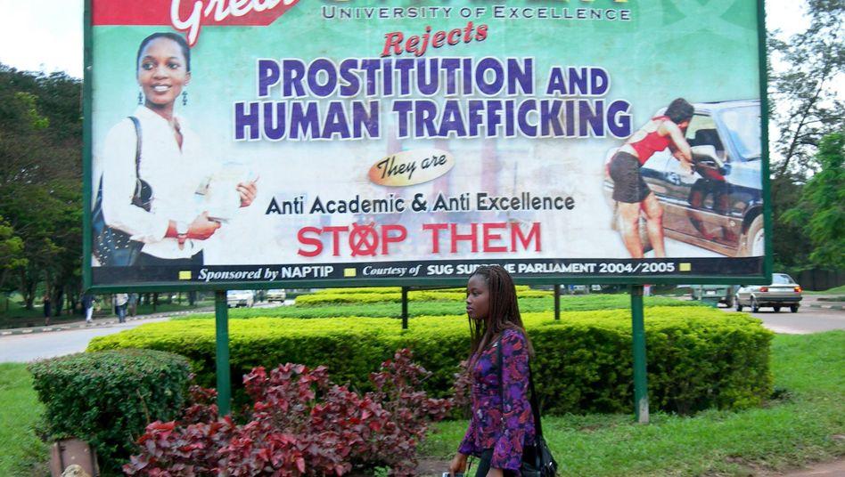 """Aufklärungskampagne in Nigeria: """"Stoppt Prostitution und Menschenhandel"""""""