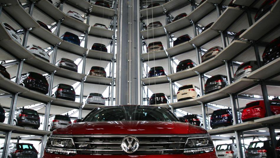 VW-Auslieferungstürme in Wolfsburg