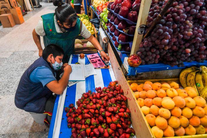 Viele Mexikaner essen heute weniger Obst und Gemüse als vor 20 Jahren - und mehr Fast Food und industriell verarbeitete Backwaren