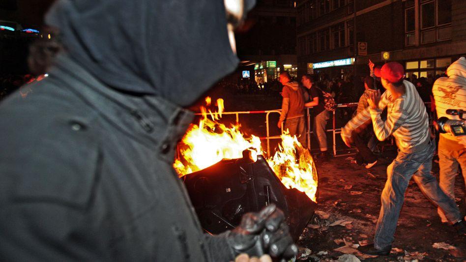 Vermummter in Berlin (am 1. Mai 2008): Nachtragende Staatsschützer