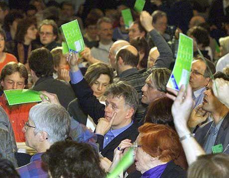 Die Grünen und der Krieg: ein Thema, das auch den Parteitag der Grünen in zwei Wochen beschäftigen wird