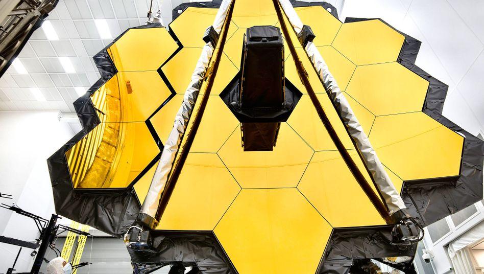 """""""James Webb""""-Teleskop im Reinraum (Archivbild)"""