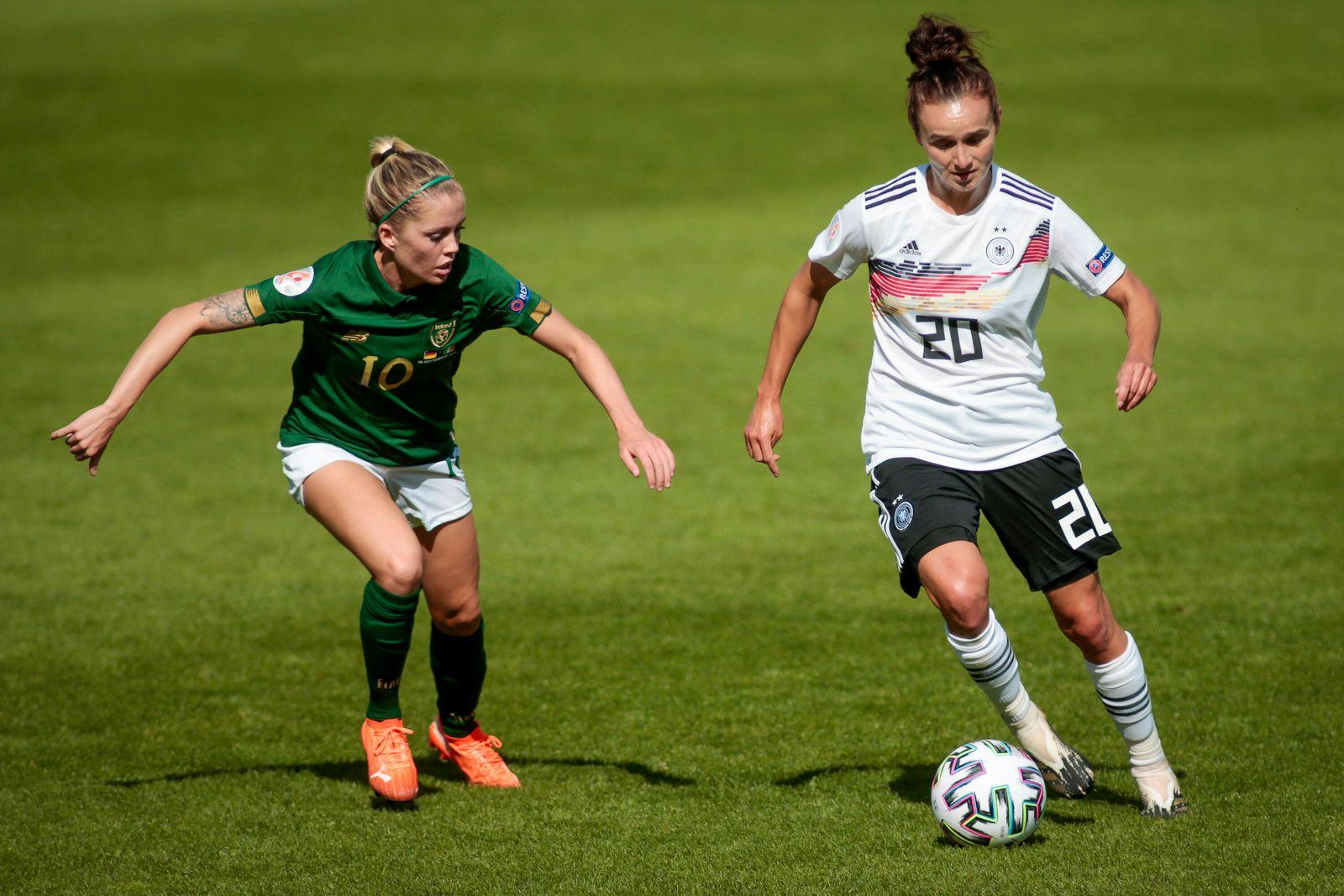 Fußball Frauen Länderspiel EM Qualifikation Deutschland - Irland am 19.09.2020 im Stadion Essen in Essen Denise O Sulliv