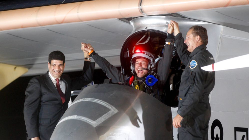 Solar Impulse: Landung in Marokko nach 18 Stunden Flug