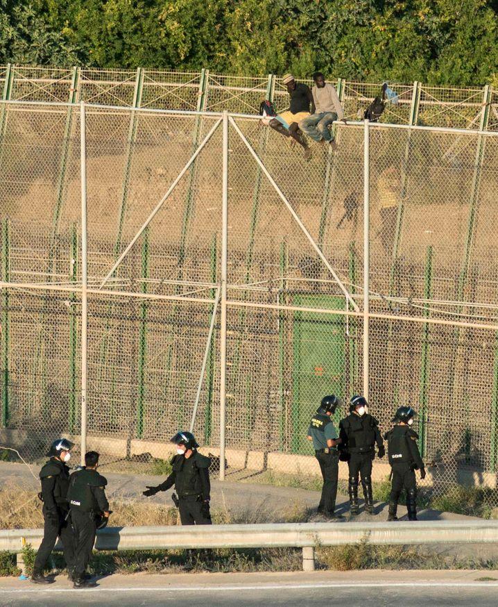 Melilla am 12. August 2014: Der Begriff Festung ist hier nicht bloß eine Metapher