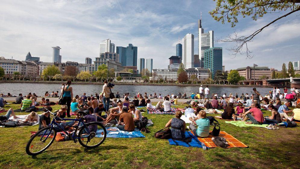 Frankfurt am Main: Parkdeckbars und Picknickzeit