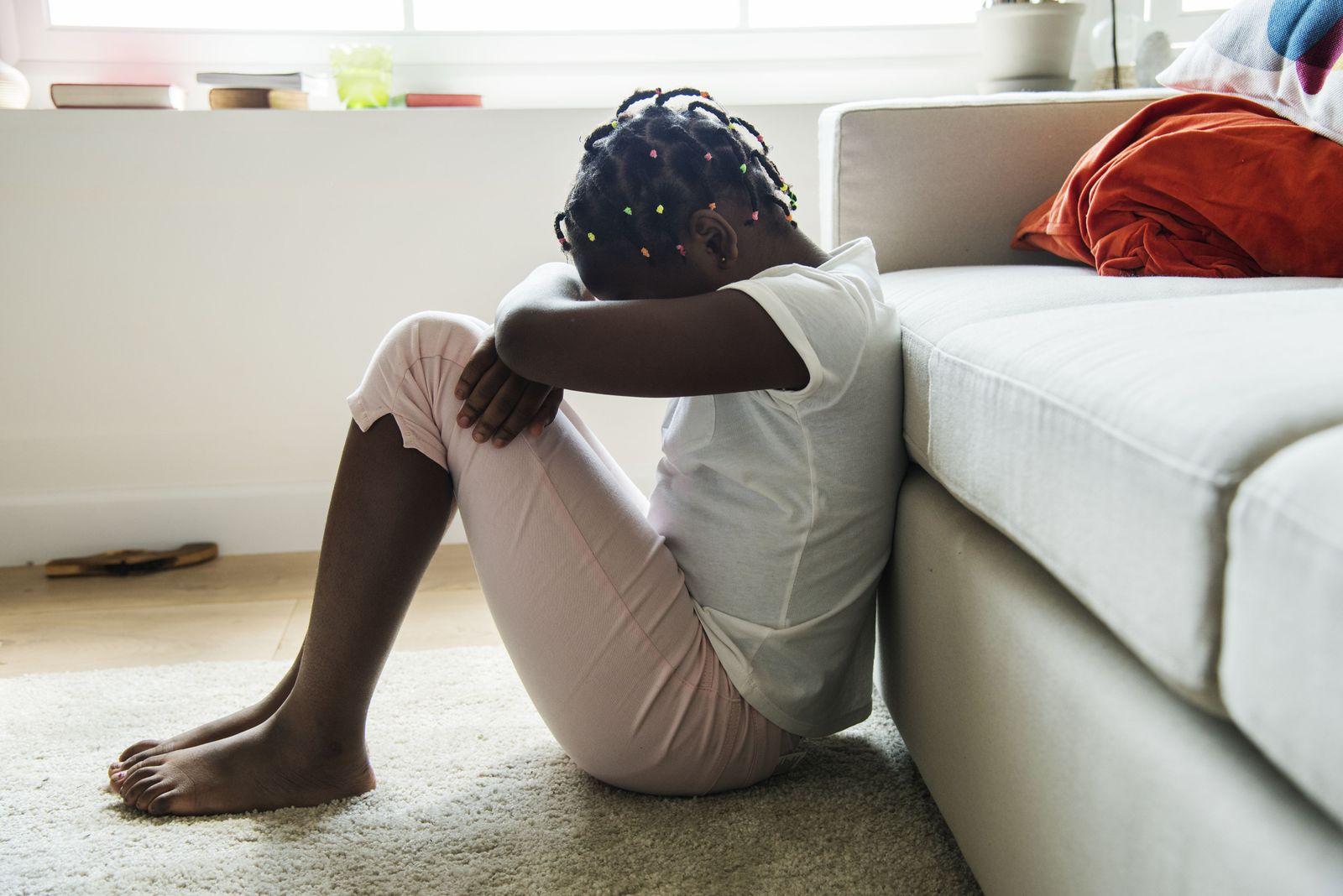 EINMALIGE VERWENDUNG Nigeria/ Mädchen