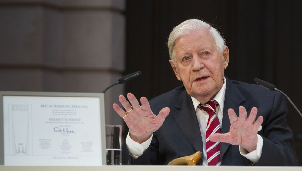 """Helmut Schmidt über die Euro-Krise: """"Entschlusskraft und Opferbereitschaft"""""""