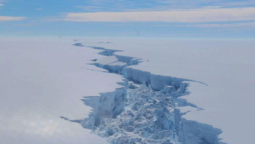 Nasa-Bilder: Bruch im Eisberg