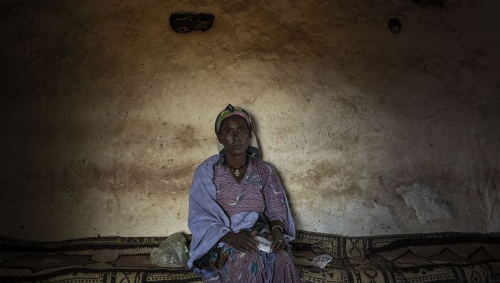 Photo Gallery: A Child Bride's Unfulfilled Dreams