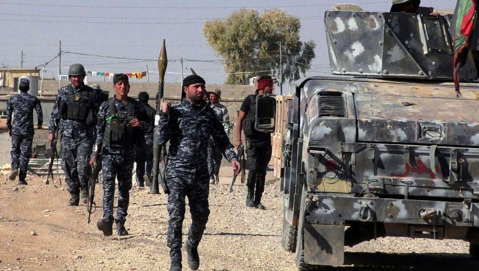 Irakische Soldaten vor Mossul