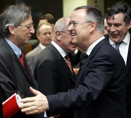 Bundesfinanzminister Eichel, EU-Ratspräsident Juncker: Einig über die Notwendigkeit einer Reform des Stabilitätspakts
