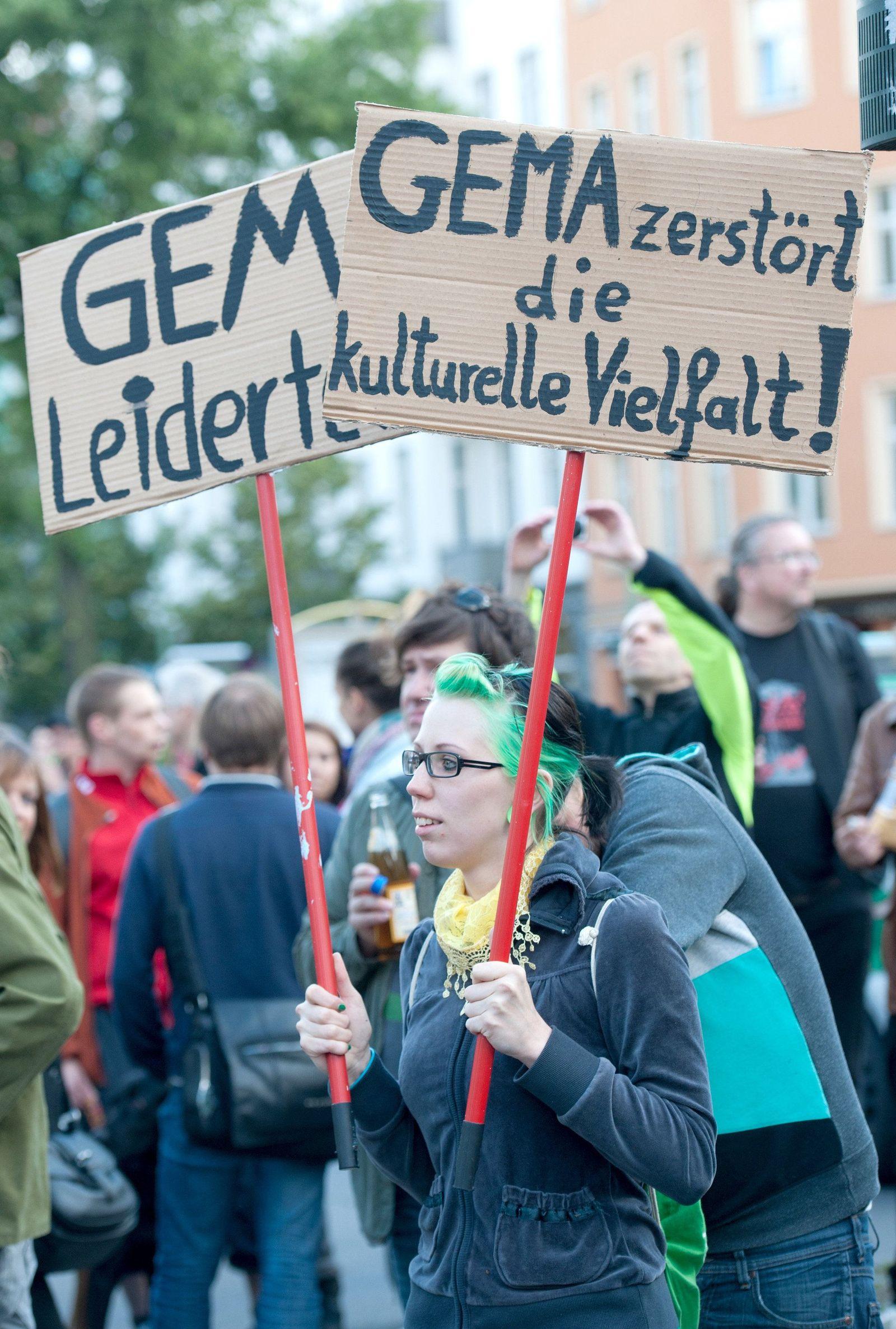 Demonstration gegen GEMA-Gebühren