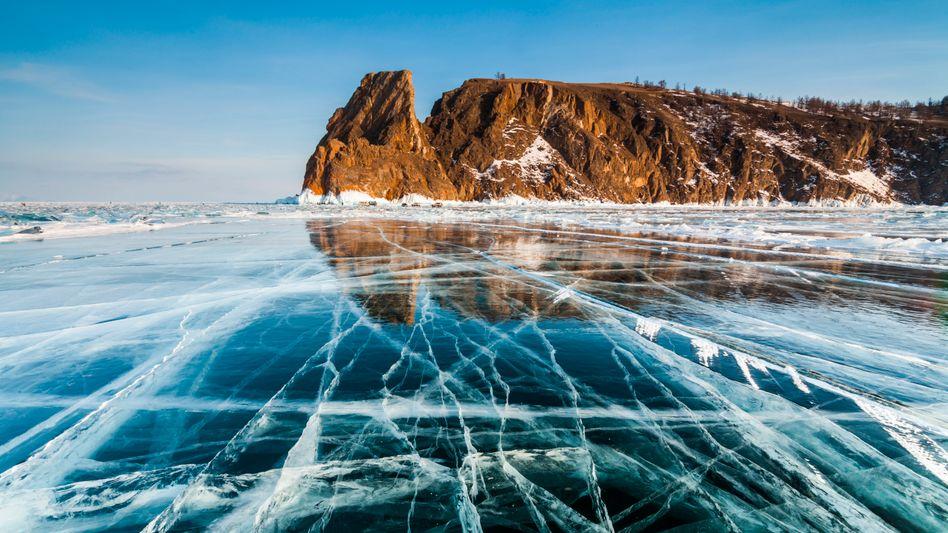 Zugefrorener Baikalsee (Archivbild)