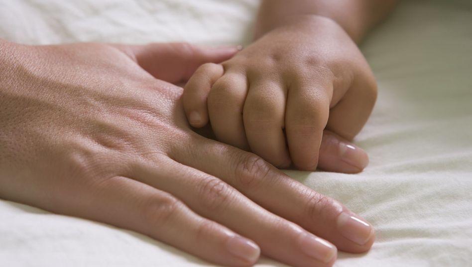 """Kein Schlaf ohne Mama: """"Wenn andere Menschen Ihnen erzählen, dass Sie etwas falsch machen, hören Sie nicht darauf - niemals"""""""