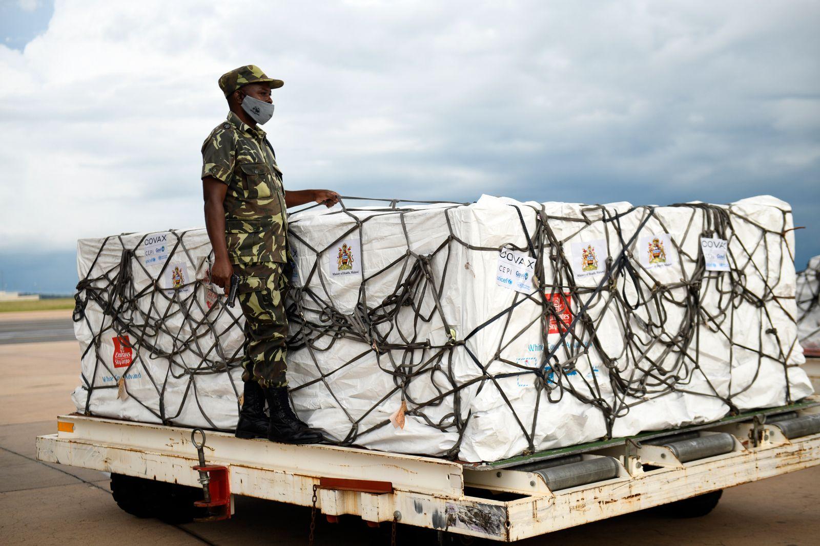 Virus Outbreak Malawi Vaccines