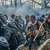 Stacheldraht, Gedränge, Tränengas