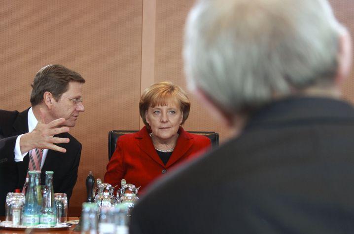 Westerwelle, Merkel und Schäubles Rücken: Krise verschärft?