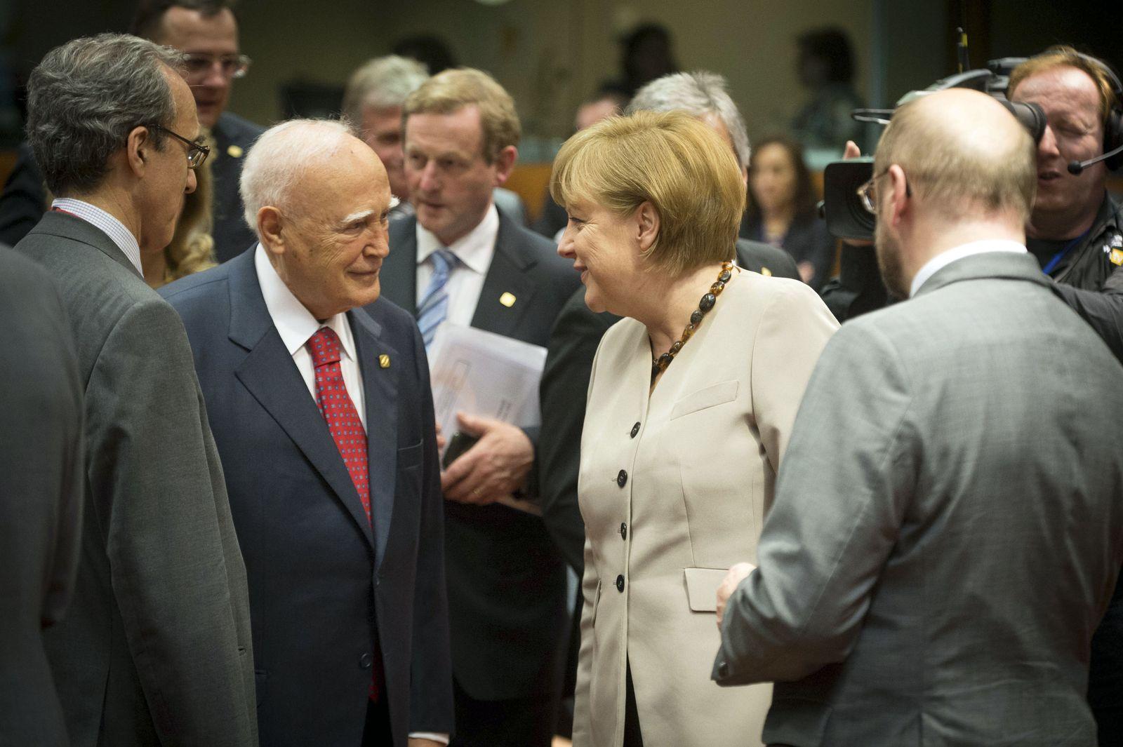 Merkel/ Papoulias/ Brüssel