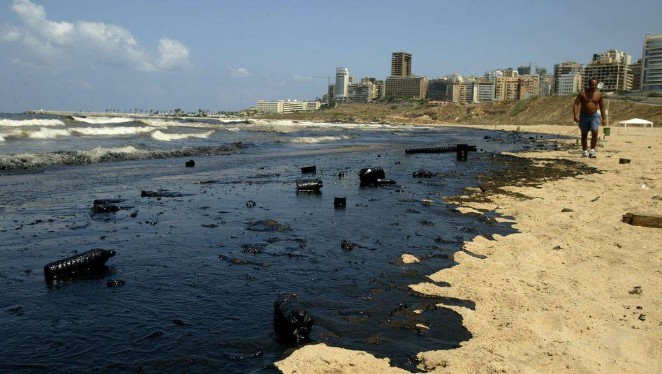 Verschmutzter Strand nahe Beirut (Archiv): 850 Millionen Dollar Kompensation