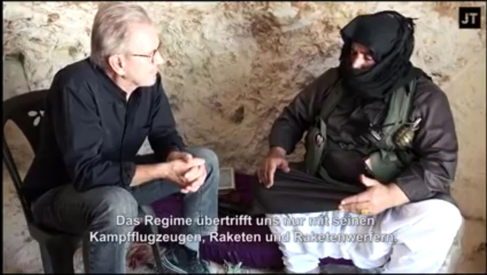 Jürgen Todenhöfer with alleged rebel commander