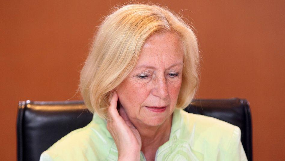 Ministerin Wanka: Höhere Altersgrenze für Mindestlohn