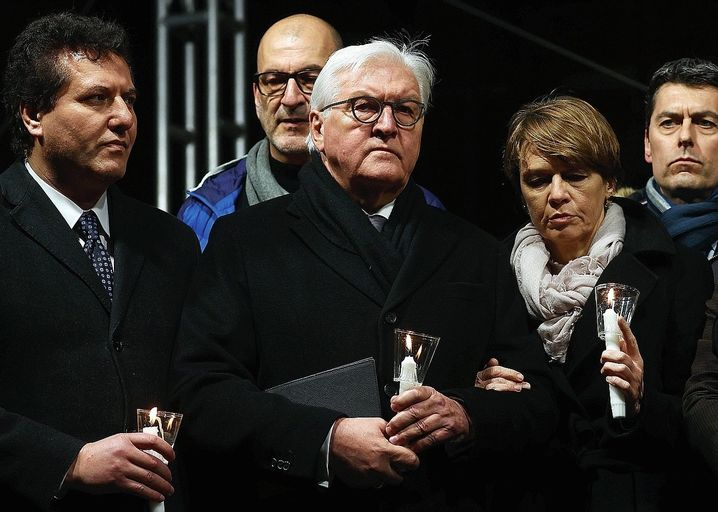 German President Frank-Walter Steinmeier and his wife during a visit to show their condolences for the victims in Hanau