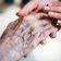 Verbraucherschützerwarnen vor Scheinselbstständigkeit bei Pflegekräften