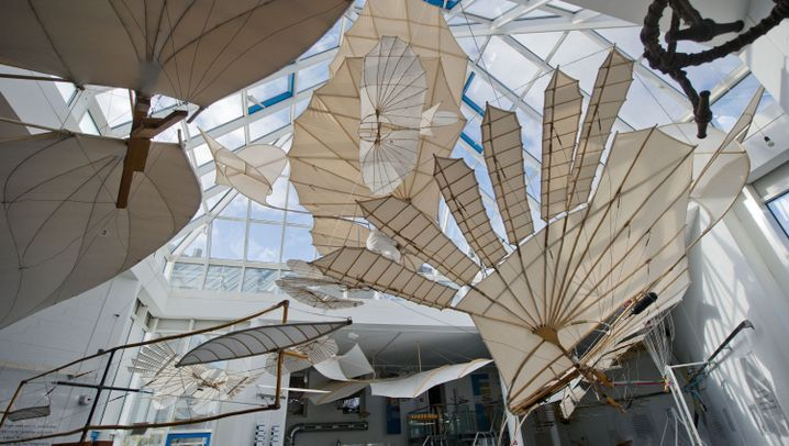Erster Serienflieger: Lilienthal-Flugapparat im Windkanal
