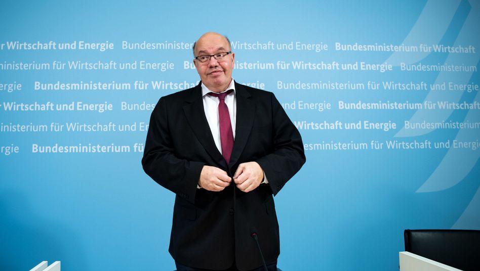 Wirtschaftsminister Peter Altmaier (CDU): Der Westen beginnt, der Osten folgt.