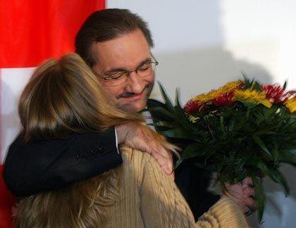 """Wahlsieger Platzeck: """"In schwierigen Zeiten Gesicht gezeigt"""""""
