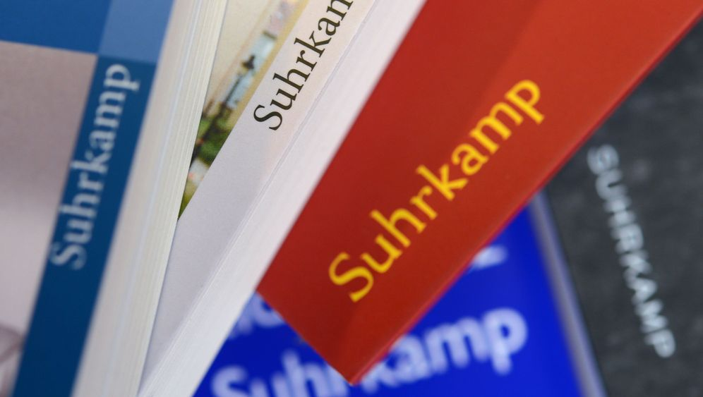 Suhrkamp-Querelen: Optimistisch unterm Schutzschirm