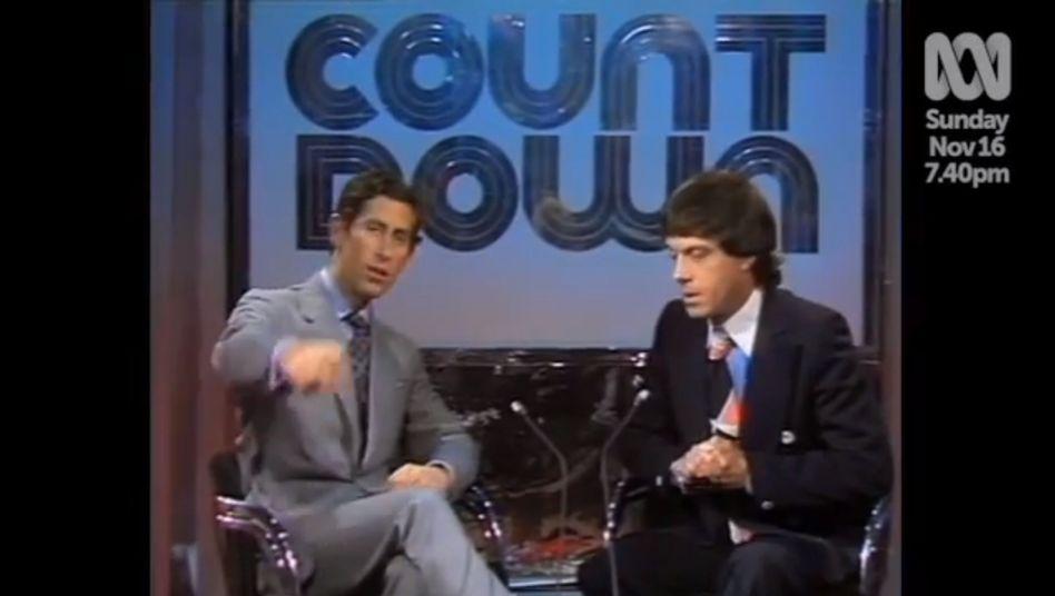 """""""Haben Sie keinen dieser Teleprompter?"""" Prinz Charles in der Sendung """"Countdown"""" mit Molly Meldrum"""
