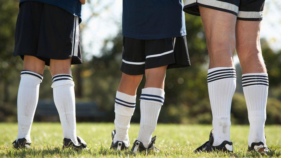 Kinder beim Fußballtraining (Symbolbild)