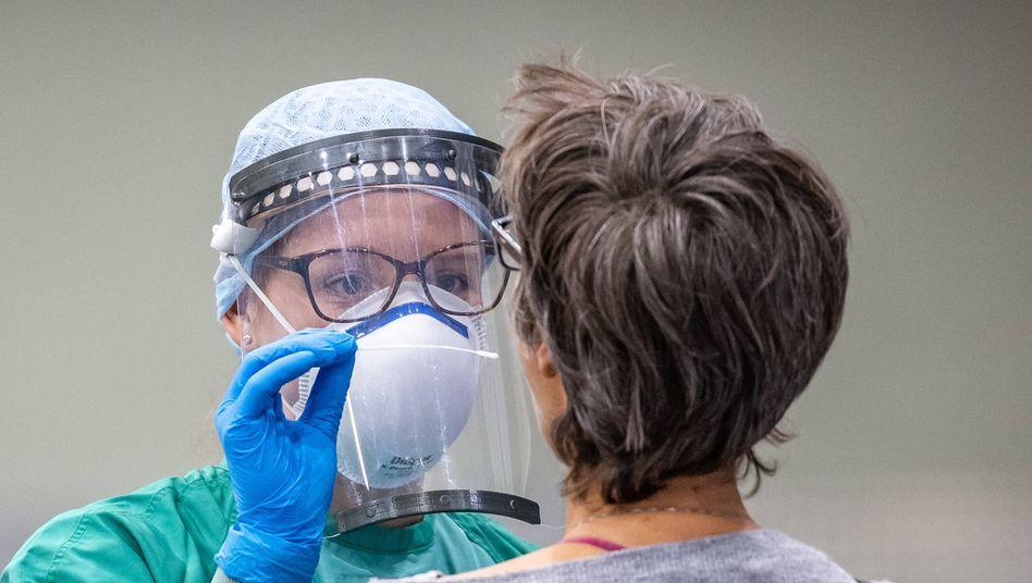 Wie bisherige PCR-Tests soll das neue Verfahren eine akute Infektion nachweisen können