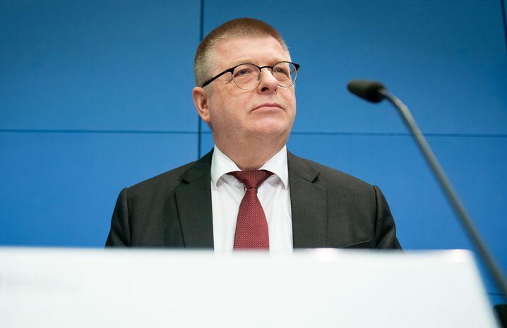 """Verfassungsschutzpräsident Thomas Haldenwang in Berlin: """"Dies ist eine Warnung an alle Feinde der Demokratie."""""""