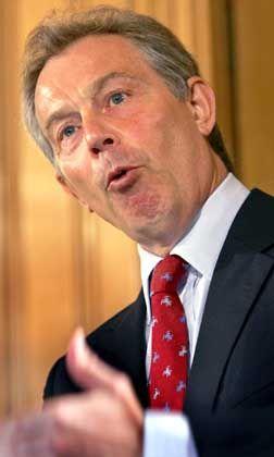 Tony Blair: Trust me, trust me!